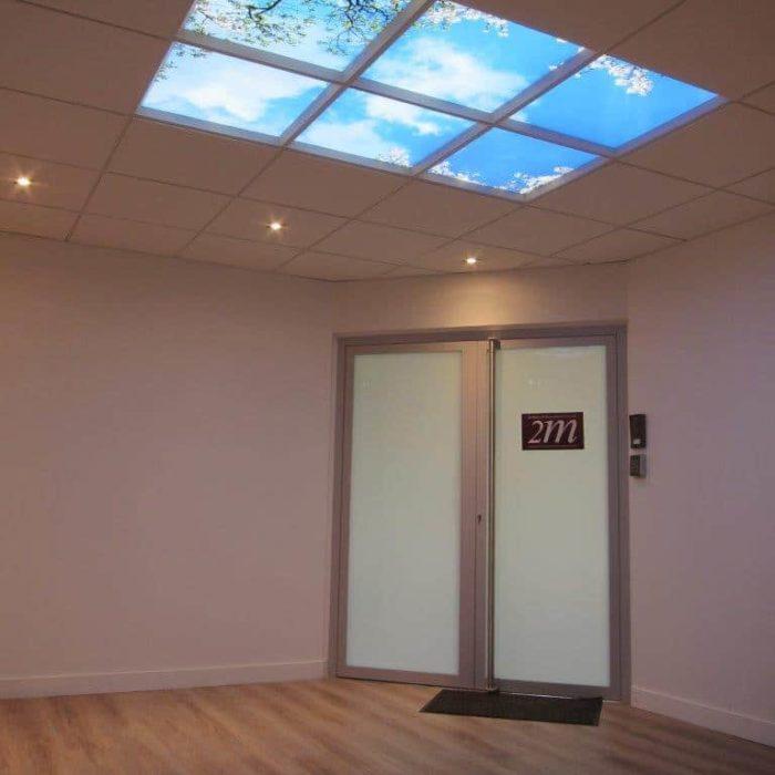 plafond lumineux LED cumulux - 6 dalles - installation accueil 2M