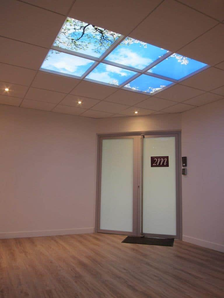 plafond lumineux LED cumulux - 6 dalles - installation accueil 2M