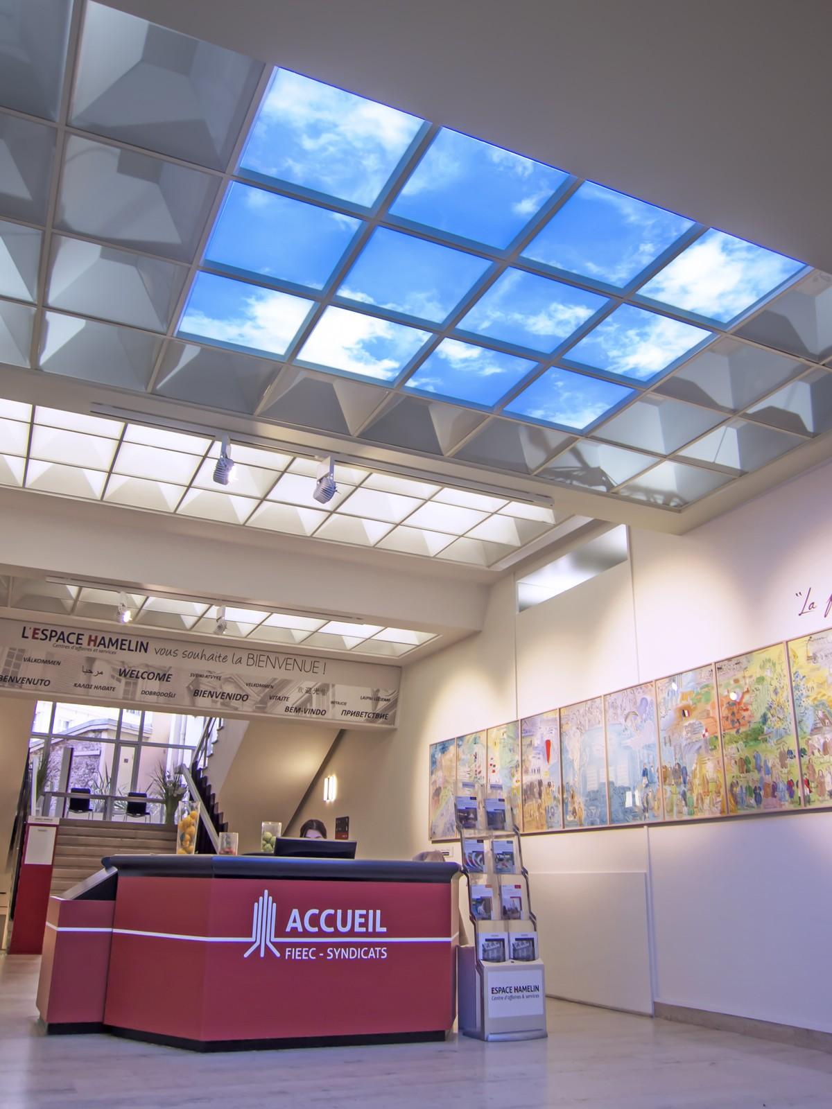 plafond ciel pour l'accueil du syndicat d'éclairage