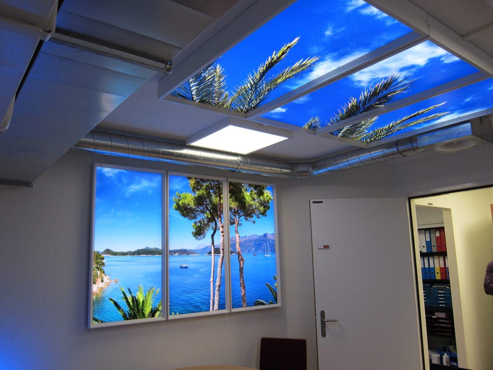 faux plafond lumineux et fausse fenêtre