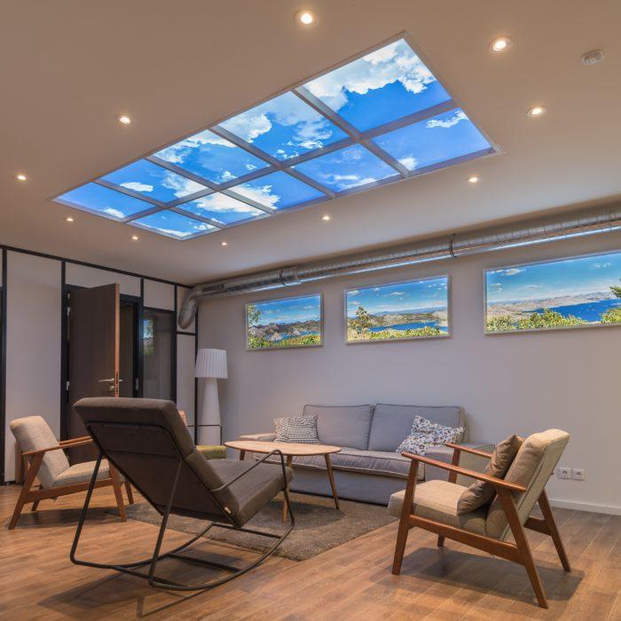 Plafonds lumineux ciel virtuel et fenêtres virtuelles lumineuses trompe l'oeil