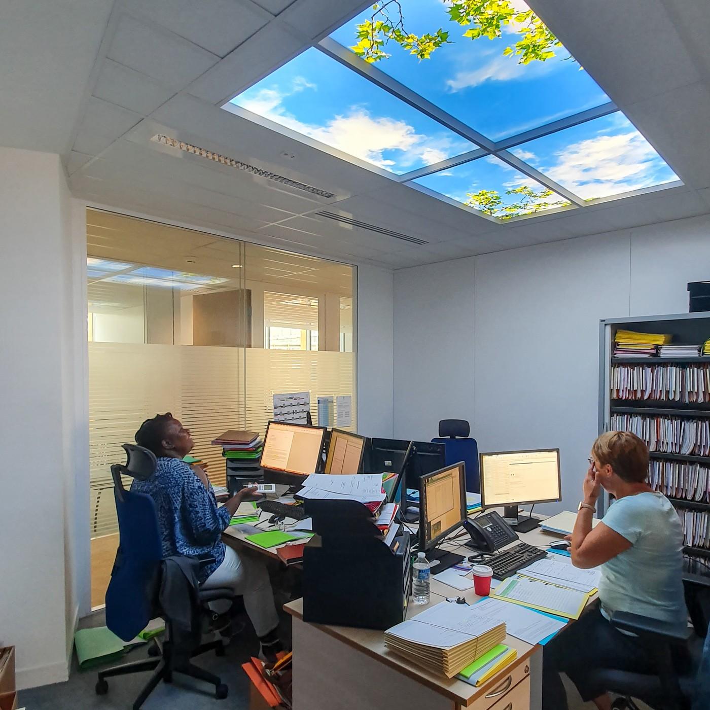 plafond lumineux Cumulux bureau sans lumière du jour ministère de la justice