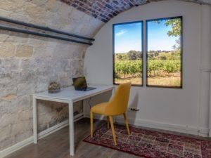 Fausses fenêtres lumineuses verticales Cumulux Home, pour éclairer un bureau sombre dans un sous-sol